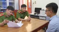 Cán bộ giả chữ ký lãnh đạo huyện bị bắt
