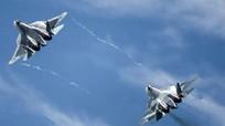 So sánh F-22 của người Mỹ với Su-57 của Nga