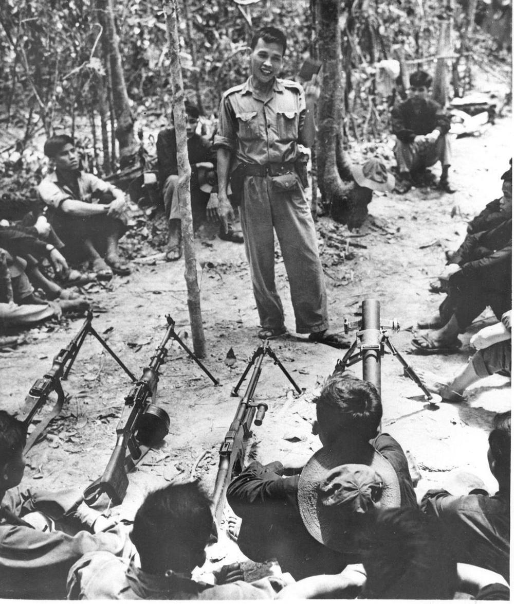 Bộ ảnh đặc biệt năm Mậu Thân 1968 của quân đội Mỹ - Ảnh 44.