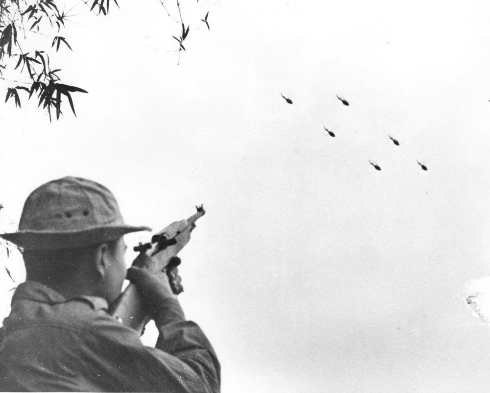 Bộ ảnh đặc biệt năm Mậu Thân 1968 của quân đội Mỹ - Ảnh 30.