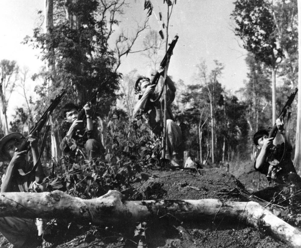 Bộ ảnh đặc biệt năm Mậu Thân 1968 của quân đội Mỹ - Ảnh 32.