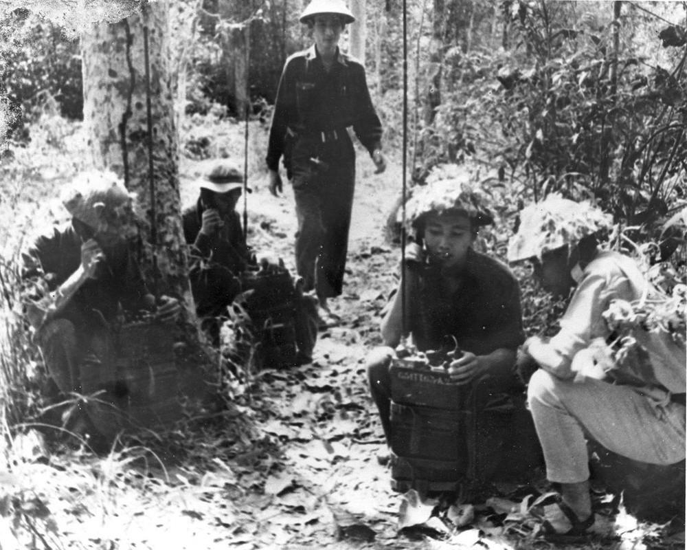 Bộ ảnh đặc biệt năm Mậu Thân 1968 của quân đội Mỹ - Ảnh 41.